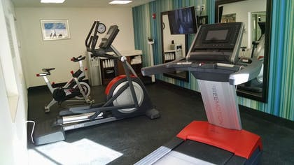 Gym   Holiday Inn Express & Suites Price