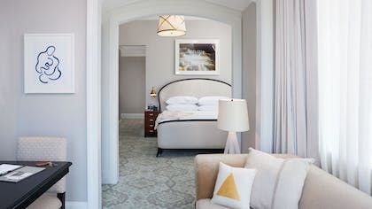Guestroom | The Spectator Hotel