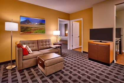 Guestroom | TownePlace Suites Missoula