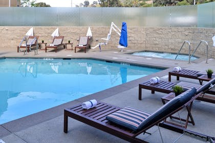 Outdoor Pool | Holiday Inn Express & Suites San Diego - Mission Valley