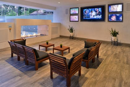 Property Amenity | Holiday Inn Express & Suites San Diego - Mission Valley