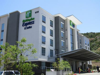 Featured Image | Holiday Inn Express & Suites San Diego - Mission Valley