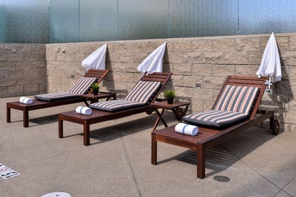 Sundeck | Holiday Inn Express & Suites San Diego - Mission Valley