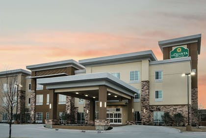 Exterior | La Quinta Inn & Suites by Wyndham Fort Worth West - I-30