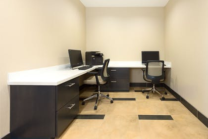 Business Center | Candlewood Suites Columbia East