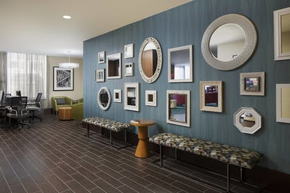 Hotel Lounge | Springhill Suites by Marriott Houston Dwntn/Convention Cntr