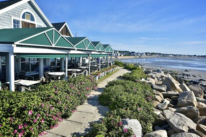 Terrace/Patio | Anchorage Inn and Resort