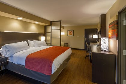 Featured Image | Holiday Inn Express & Suites San Antonio Medical-Six Flags