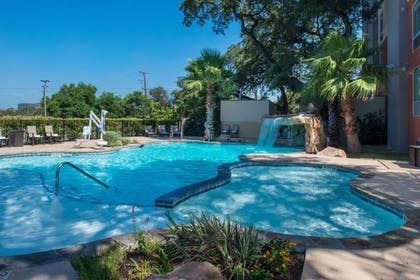 Pool | Holiday Inn Express & Suites San Antonio Medical-Six Flags