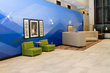 Lobby Sitting Area | Holiday Inn Express & Suites San Antonio Medical-Six Flags