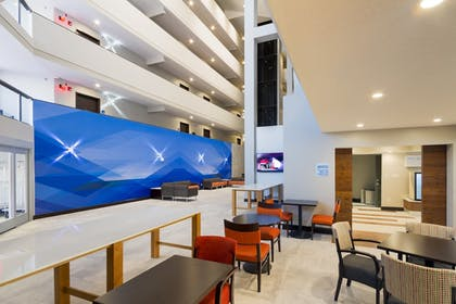 Interior | Holiday Inn Express & Suites San Antonio Medical-Six Flags