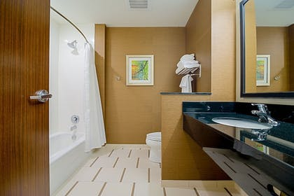 Bathroom | Fairfield Inn & Suites by Marriott Delray Beach I-95