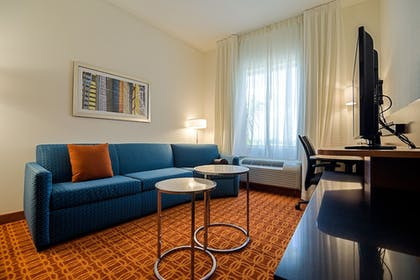 Living Area | Fairfield Inn & Suites by Marriott Delray Beach I-95