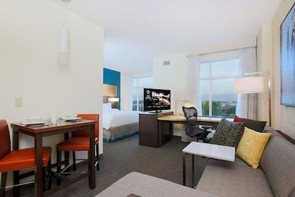 Living Area | Residence Inn by Marriott San Jose Airport