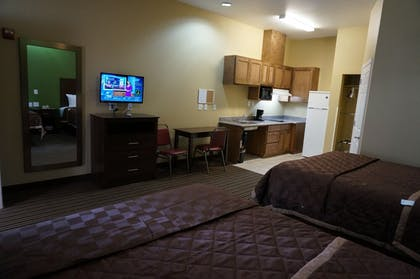 Living Area   The Bungalows Hotel & Event Center