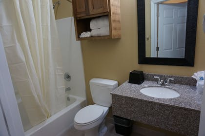 Bathroom | The Bungalows Hotel & Event Center