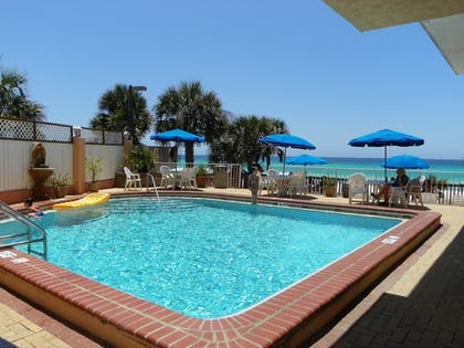 Outdoor Pool | Osprey on the Gulf