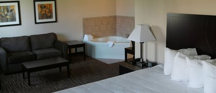 Guestroom View | Cobblestone Inn & Suites - Fort Madison
