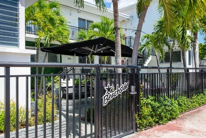 Exterior | Beachside All Suites Hotel, a South Beach Group Hotel