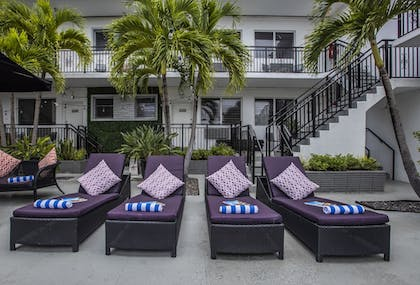 Courtyard | Beachside All Suites Hotel, a South Beach Group Hotel