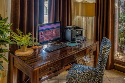Business Center      Accommodation By Willow Brook Lodge