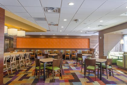 Restaurant | Fairfield Inn & Suites Atlanta Cumming/Johns Creek