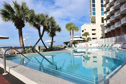 Outdoor Pool | Palmetto Inn & Suites