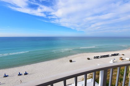Guestroom View | Palmetto Inn & Suites