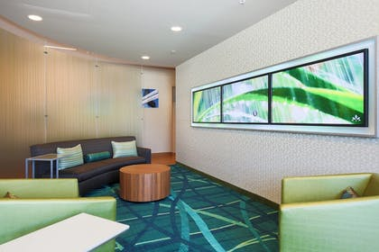 Lobby Sitting Area | SpringHill Suites by Marriott San Jose Airport