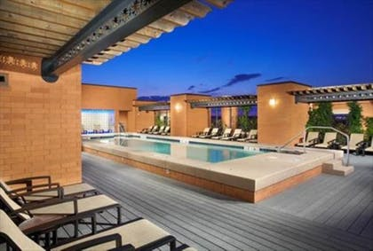 Featured Image   Global Luxury Suites at The Convention Center