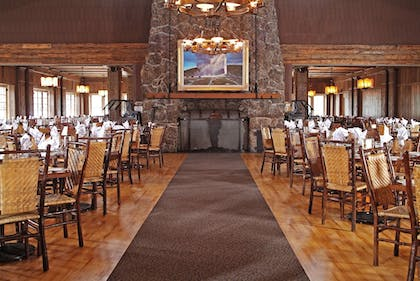 Restaurant | Old Faithful Inn - Inside the Park