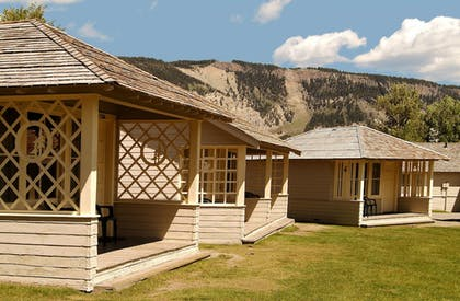 Room   Mammoth Hot Springs & Cabins - Inside the Park