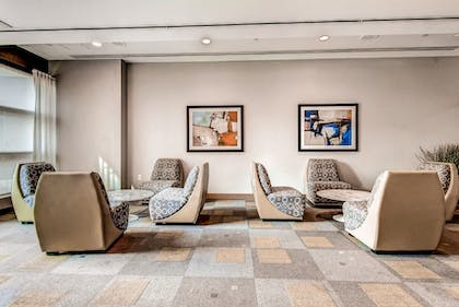Hotel Lounge | Global Luxury Suites at Kendall Square