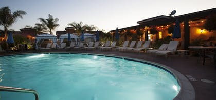 Outdoor Pool | Carter Estate Winery and Resort