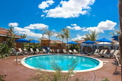 Pool | Carter Estate Winery and Resort