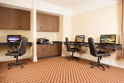 Business Center | Lake Hotel and Cottages - Inside the Park