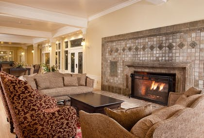 Lobby Sitting Area | Lake Hotel and Cottages - Inside the Park