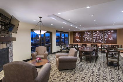 Lobby | TownePlace Suites Billings