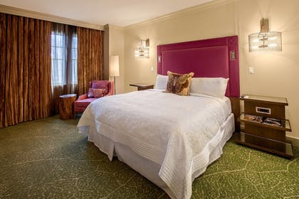 Guestroom | Grand Bohemian Hotel Mountain Brook, Autograph Collection