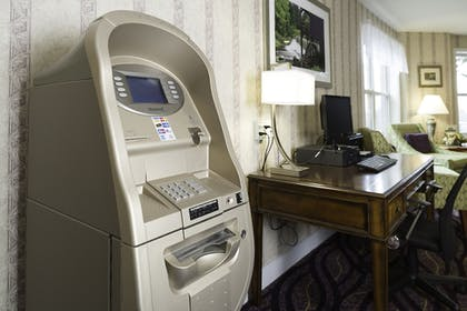 ATM/Banking On site | Smart Suites