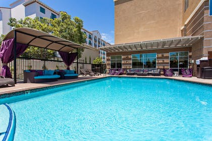 Pool | Holiday Inn Express & Suites Anaheim Resort Area