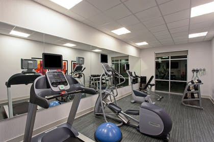 Fitness Facility | Holiday Inn Express & Suites Anaheim Resort Area