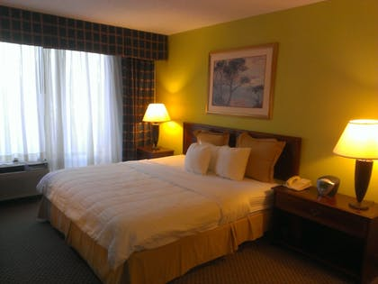 Guestroom | Speco Hotels Richmond