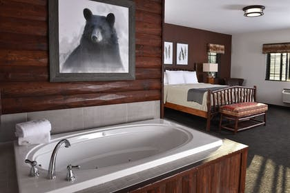 Jetted Tub | Stoney Creek Hotel & Conference Center Kansas City