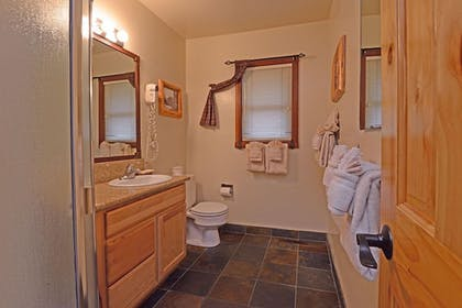 Bathroom | Franciscan Lakeside Lodge