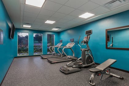 Sports Facility | Fairfield Inn & Suites San Diego Carlsbad