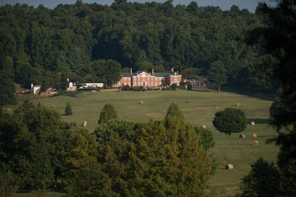 Exterior | Albemarle Estate at Trump Winery