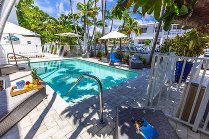 Pool | Seaside All Suites Hotel, a South Beach Group Hotel