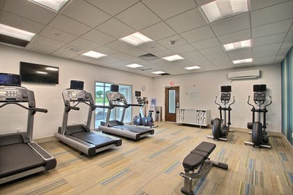 Fitness Facility | Holiday Inn Express & Suites Fond Du Lac