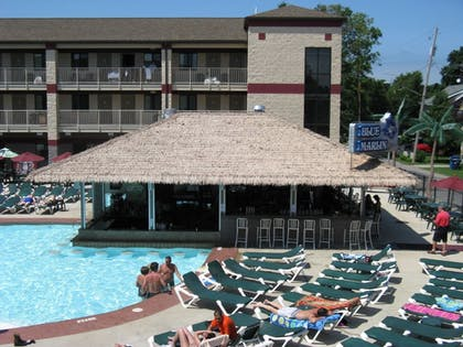 Outdoor Pool   Put-In-Bay Resort and Conference Center